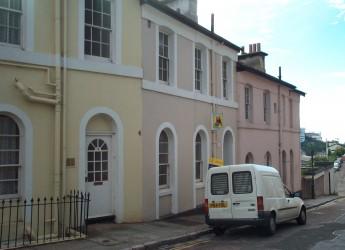 8 Coburg Place